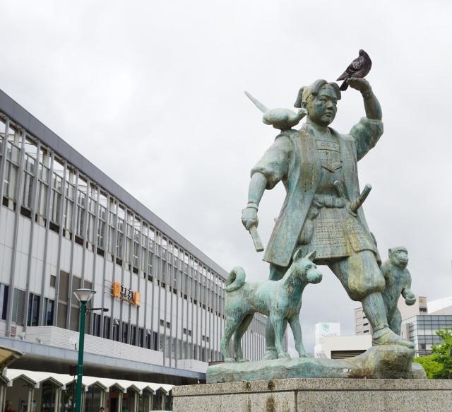 岡山~東京は飛行機が意外と安い!新幹線・高速バスとの比較・解説