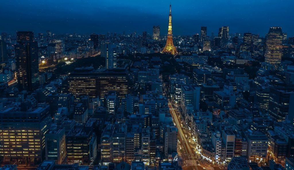 秋田から東京へ行きたい!移動時間や運賃は?新幹線との比較も