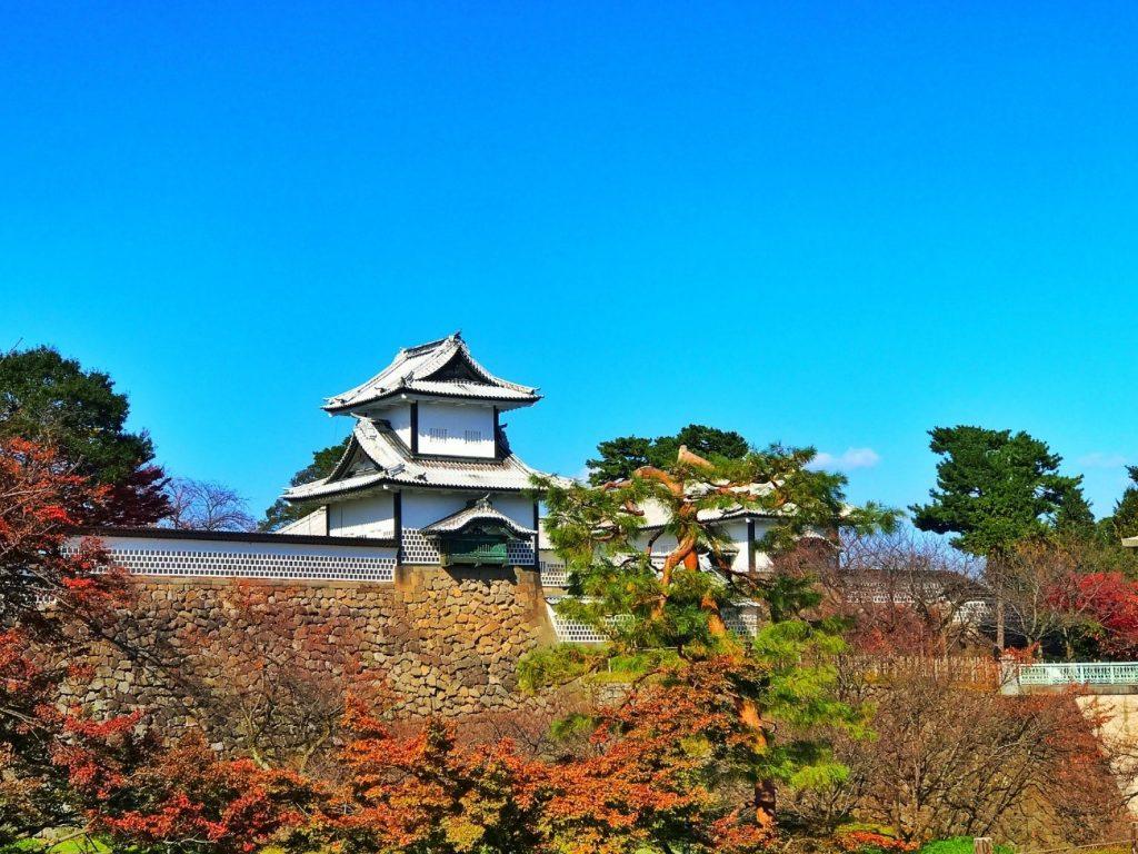 石川県に飛行機で行くときは小松空港が便利!所要時間や運賃を紹介