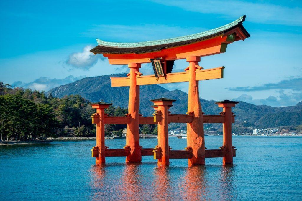 広島へは飛行機で行くと便利でお得!新幹線との料金比較や観光情報も