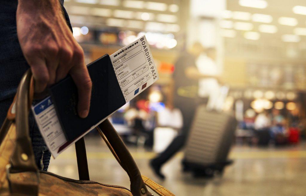 航空券を安く買う方法12選|海外・国内チケットを最安値で購入!飛行機に格安で乗る買い方・予約は比較と時期が重要